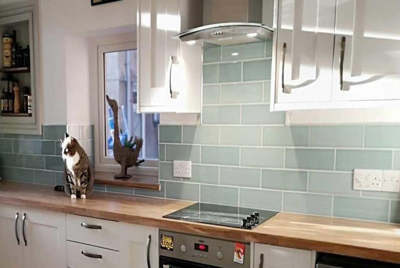 DKB kitchen tiles